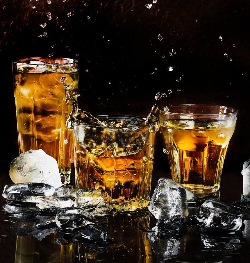 alcohol-alcoholic-beverage-bar-602750 (1)